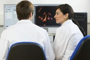 biopharma-scientist-computer